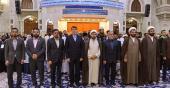 بین الاقوامی قرآن کریم کی مقابلہ میں شریک قاریوں کی حرم امام خمینی (رح) میں حاضری اور آپ کی تمناؤں سے تجدید عہد