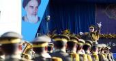 حرم امام خمینی (رح)  میں ہفتہ دفاع مقدس کے موقع پر ایرانی مسلح افواج کی شاندار پریڈ کی تصویری جھلکیاں ۔ 1