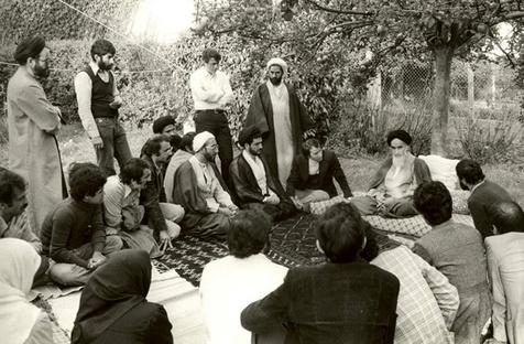 امام خمینی(رح) نے کس طرح طلباء کی حوصلہ افزائی کی؟