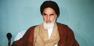 امام خمینی (رح) کی نظر میں معاشرہ کی اصلاح یا خرابی میں انسان کا کیا کردار ہے؟