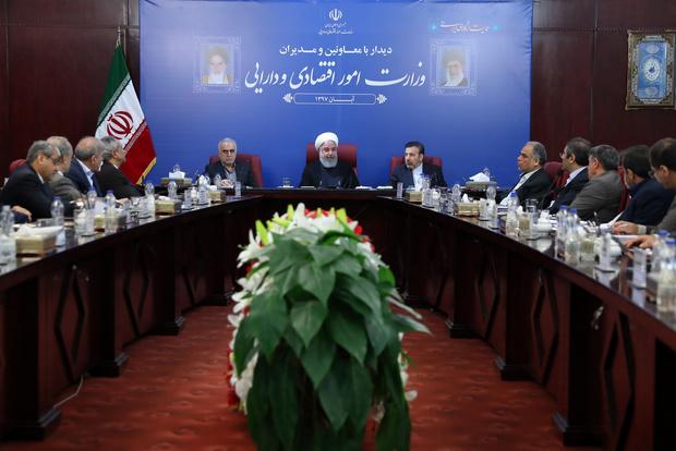 ایرانی قوم امریکی پابندیوں کو اہمیت نہیں دیتی:حسن روحانی