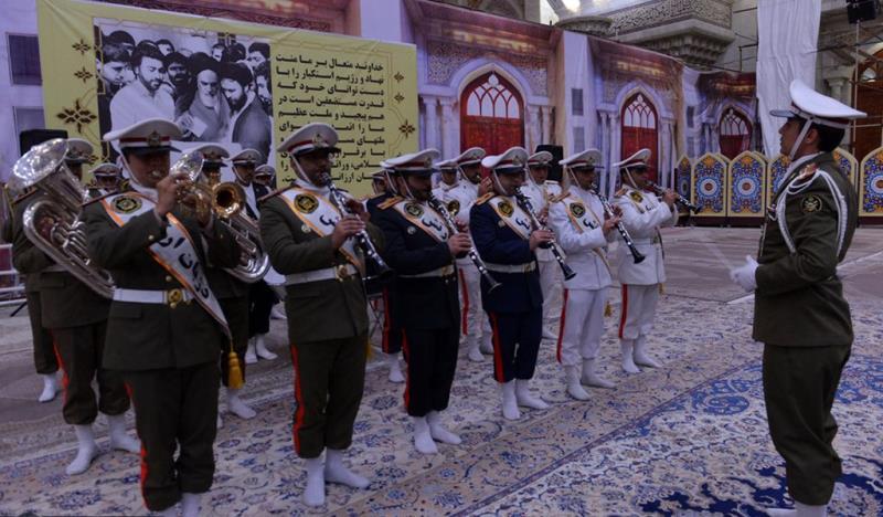 حرم امام خمینی (رح) میں جمہوریہ اسلامیہ ڈے کی یاد /2019
