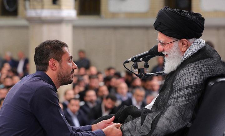 ایٹم بم بنانا حرام مطلق ہے، ایران اس کو بنانے اور رکھنے کے لئے سرمایہ نہیں لگاسکتا