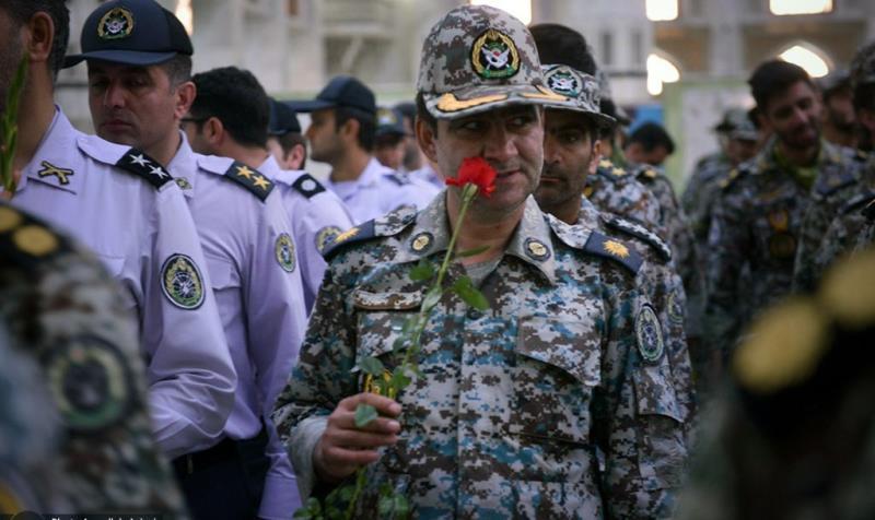 حرم امام خمینی (رح) میں آرمی کے فضائی دفاع کے کمانڈرز کی حاضری اور ان کی تمناؤں سے تجدید عہد /2019
