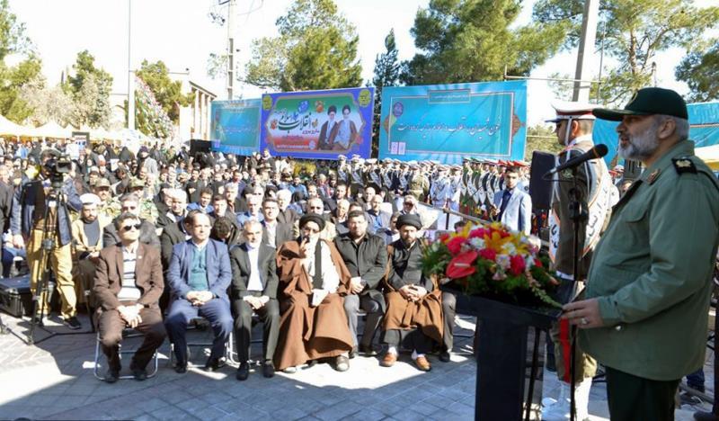 عشره فجر کے موقع پر ؛بہشت زہراء (س) میں امام خمینی (رح) کی خطابت کی جگہ کا گلپاشی/2019