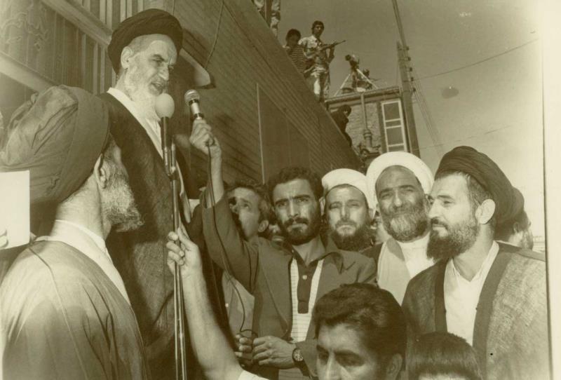 اسلامی تعلمیات عالم اسلام کو کامیاب بنا سکتی ہیں:امام خمینی(رح)