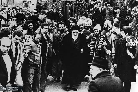 امام خمینی (رح) پیرس سے نوفل شاتو کیوں گئے؟