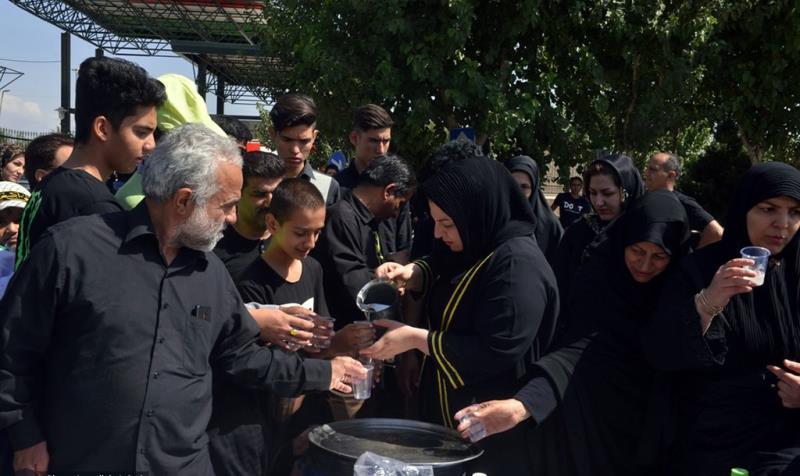 حرم امام خمینی (رح) میں ظہر عاشور کی تقریب /2019
