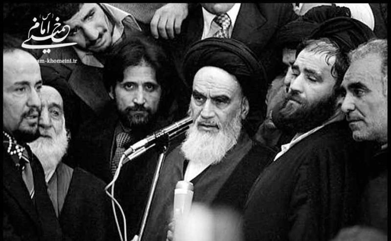 امریکا صرف ایران کا ہی نہیں بلکہ عالم اسلام کا دشمن ہے: امام خمینی(رح)
