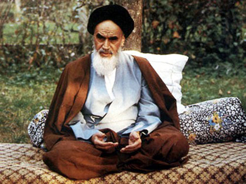 انسان کامل امام خمینی(رح) کی نظر میں