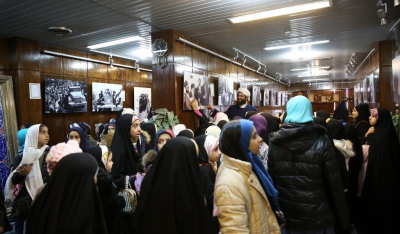 عشرہ فجر کے موقع پر؛ عوام کے مختلف طبقات سے وابستہ افراد، امام خمینی (رح) سے تجدید عہد -16 /2019
