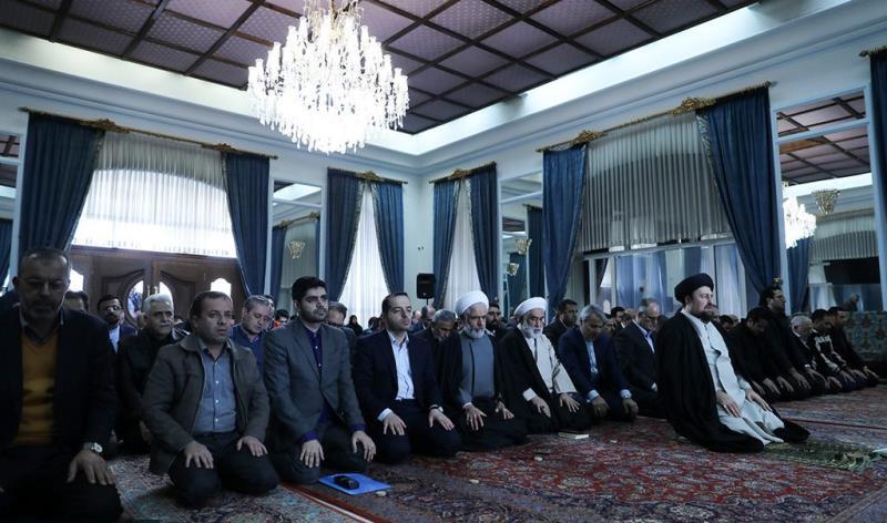 عشرہ فجر کے موقع پر؛ یادگار امام، سید حسن خمینی کے ساتھ شیڈول اور بجٹ آرگنائزیشن کے سربراہ، ڈپٹیز اور کارکنوں کا دیدار /2019