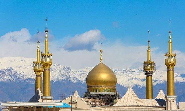 عالم اسلام امت کی وحدت کے لیے امام خمینی (رح) کے افکار کی پیروی کرے