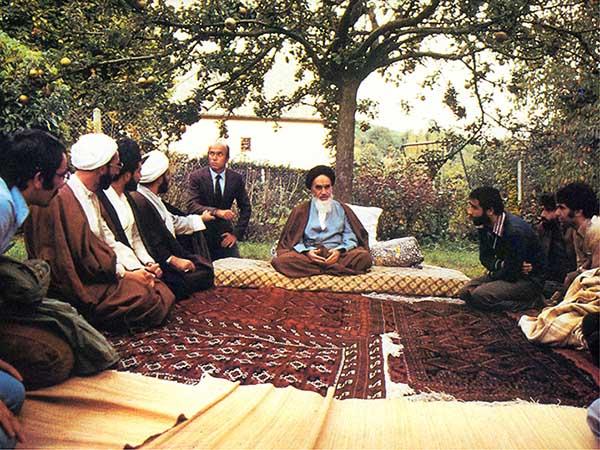 امام خمینی (رح) سے اسلامی انجمنوں کے نمائندوں سے ملاقات