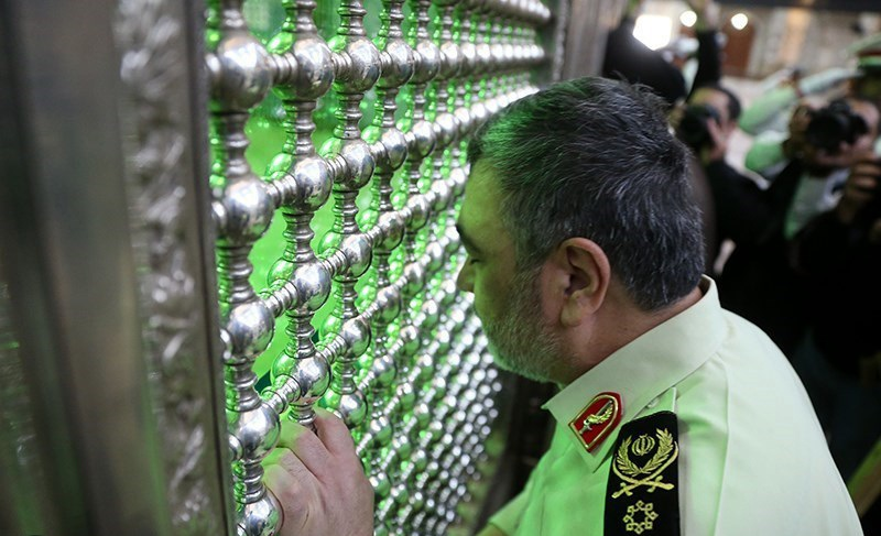 ناجا (ایرانی پولیس) کے کمانڈرز کی حرم امام خمینی (رح) میں حاضری اور ان کی تمناؤں سے تجدید عہد