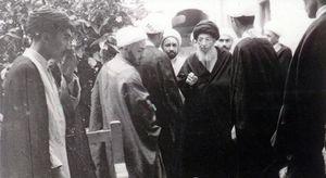 آیت اللہ محسن حکیم اور امام خمینی (رح) کی رہبری میں ایرانی انقلاب کی حمایت