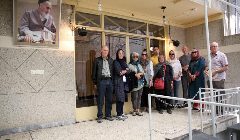 جماران، غیر ملکی سیاحوں کا امام خمینی (رح) کے تاریخی گھر کا دوره  /2019