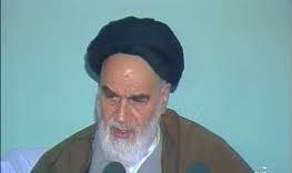 نماز جمعہ ایک سیاسی عبادت ہے: امام خمینی(رح)