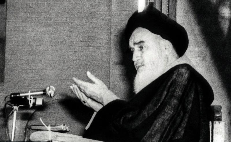 امام خمینی کی نظر میں اسلامی انقلاب کی کامیابی میں اہم کردار کس نے ادا کیا؟
