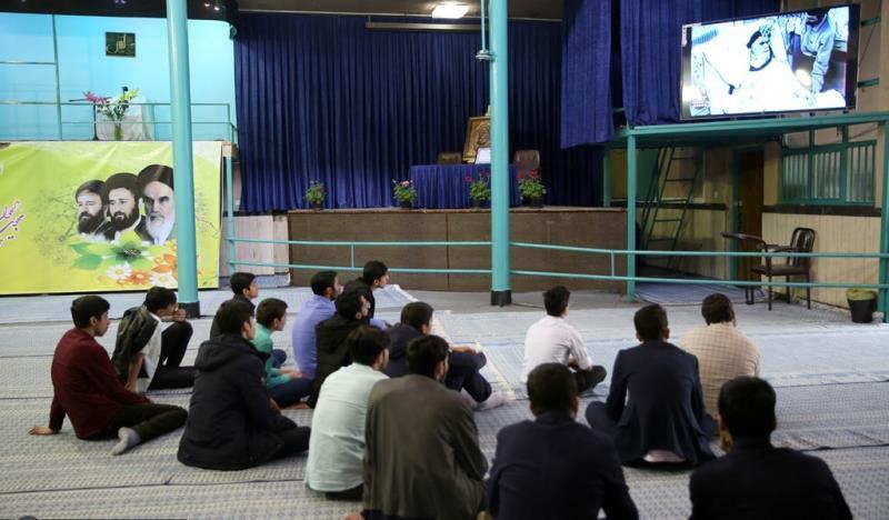 جماران، نوروزی سیاحوں کا امام خمینی (رح) کے تاریخی گھر کا دورہ -1 /2019