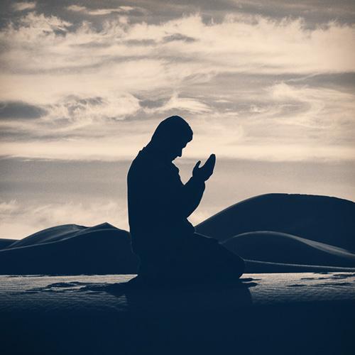 اگر کوئی شخص نماز شب (تہجد ) کی دوسری دورکعت کی نیت سے نماز پڑھنا شروع کر دے اور اس دوران اسے یا د آجائے کہ پہلی دورکعت نہیں  پڑھیں  تو کیا کیا جائے؟
