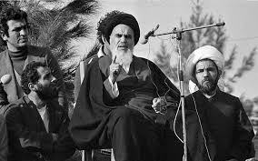 امریکہ ایران کے اندرونی معاملات میں مداخلت کرنا بند کر دے: امام خمینی(رح)