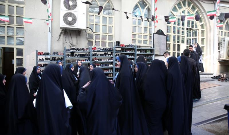 عشرہ فجر کے موقع پر؛ عوام کے مختلف طبقات سے وابستہ افراد، امام خمینی (رح) سے تجدید عہد -14 /2019
