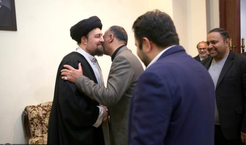 عشرہ فجر کے موقع پر؛ ہما ائیرلاینز کے منیجنگ ڈائریکٹر، ڈپٹیز اور کارکنوں کی حرم امام خمینی (رح) میں حاضری اور سید حسن خمینی سے ملاقات /2019