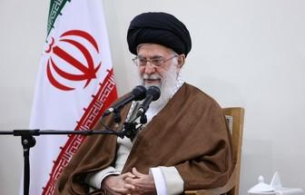 مجھے یقین نہیں ہو رہا کہ میں پندرہ سال بعد امام خمینی(رہ) سے مل رہا ہوں:آیت اللہ خامنہ ای