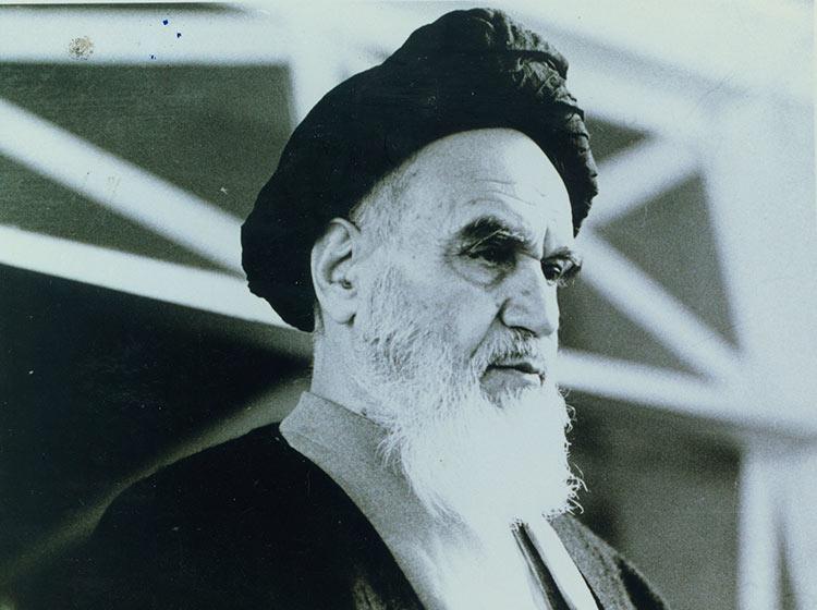 اسلامی ممالک کی خوشحالی ہی ہماری کامیابی ہے:امام خمینی(رح)