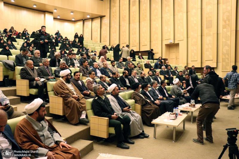 ایران کے ثقافتی وزیر نے امام خمینی(رح) کے آبائی شہر کا دورہ کیا