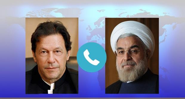 عمران خان کا ایرانی صدر کو فون/ ایرانی صدر کی کشمیری عوام کے قتل عام کو رکوانے پر تاکید