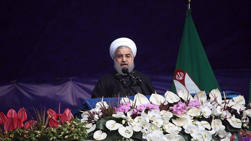 میزائل پروگرام جاری رہے گا، جشن انقلاب میں صدر ایران کا واضح اعلان