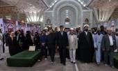 قرآن کریم کے بین الاقوامی مقابلے کے شرکاءکی امام خمینی(رح) کے حرم میں قرآن خوانی