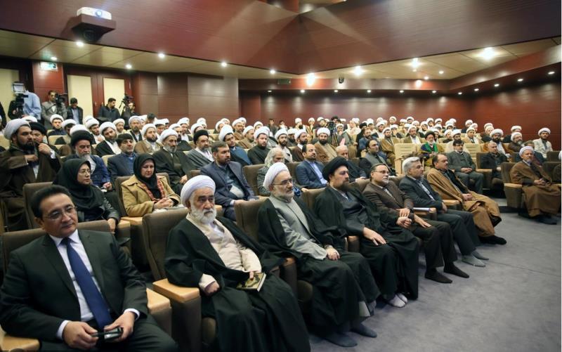 تصویری رپورٹ/ امام خمینی(رح) کے حرم میں گوربا چیف کے نام امام خمینی(رح) کے خط کی تیسویں سالگرہ مننعقد ہوئی