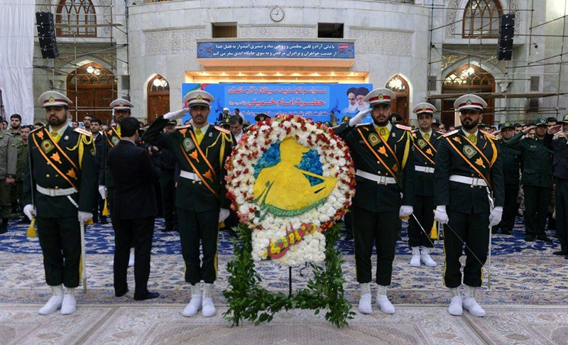 ایرانی مسلح فوج کے اعلی حکام اور سپاہیوں کا بانی انقلاب سے تجدید عہد
