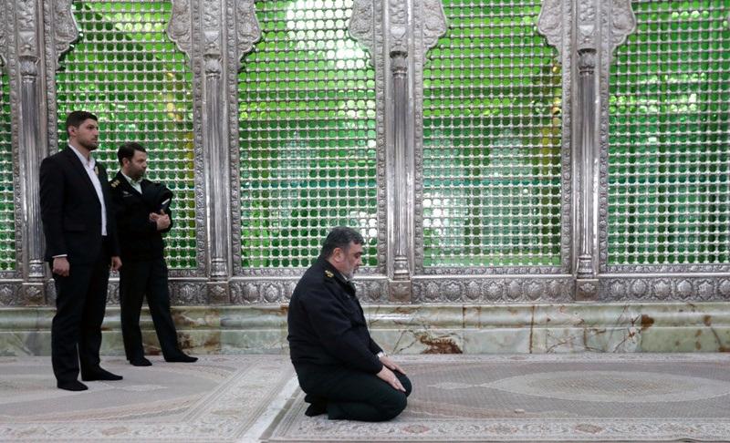 پولیس کے سربراہ کا اسلامی انقلاب کے بانی سے تجدید عہد