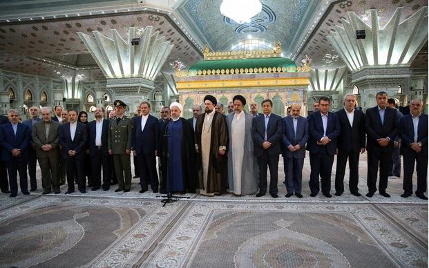 امام خمینی(رح) نے لوگوں کی خدمت کا راستہ دیکھایا:حسن روحانی