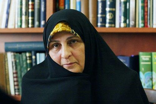 امام خمینی(رح) کی آمد کے بارے میں ان کی بہو کا بیان