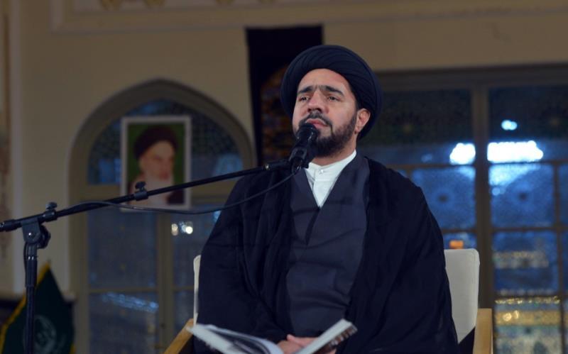 حرم امام خمینی (رح) میں محرم کی چھٹی رات کی عزاداری کی تصویری جھلکیاں/ 2020