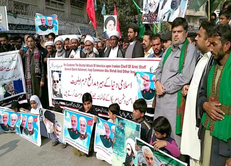 حاج قاسم سلیمانی اور ابومہدی المہندس کی شہادت کیخلاف حیدرآباد پریس کلب پر احتجاجی مظاہرہ