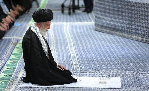 اگراس پر نماز ظہر میں  ان دونوں  (سجدہ وتشہد ) میں  سے کسی ایک کی قضاء واجب ہواورنماز عصر کے لئے وقت تنگ ہو تو کیا کرنا چاہیئے؟
