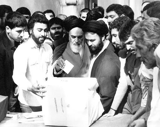 ایرانی انقلاب کو کیا چیز ممتاز بناتی ہے
