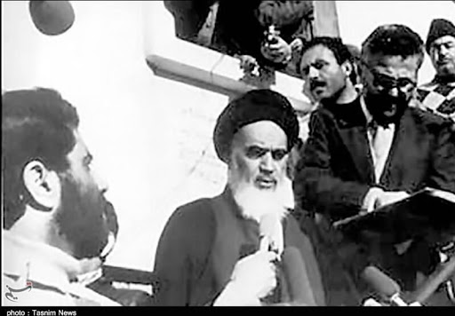 عراق میں امام خمینی (رح) کے ساتھ برتاو