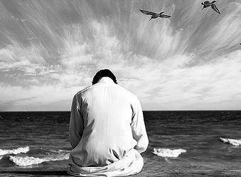اگر واجب نماز کی رکعات کی تعداد میں شک حاصل ہو تو کیا نماز باطل ہے؟