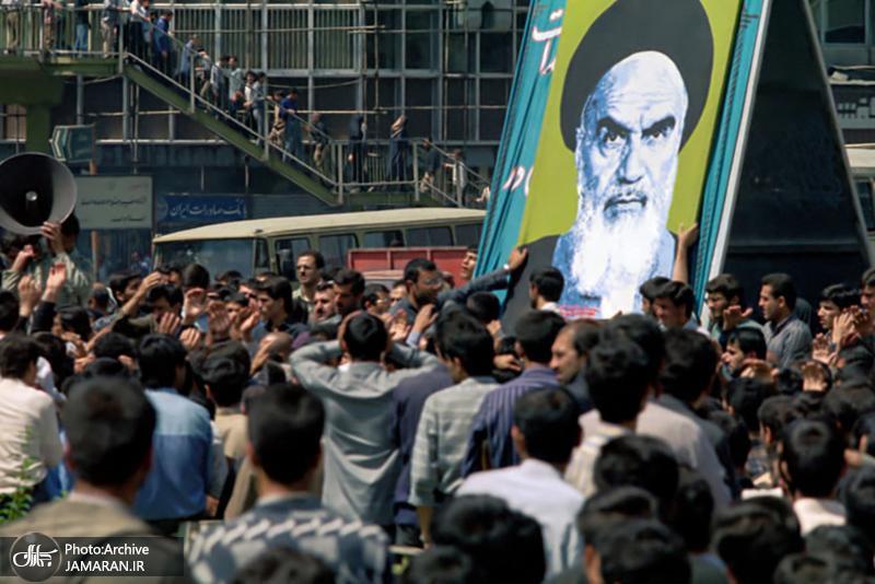 اسلامی انقلاب کے بانی حضرت امام خمینی کی تشیع جنازے کے کچھ اہم مناظر