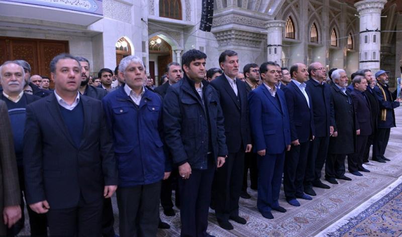 عشرہ فجر کے موقع پر؛ عوام کے مختلف طبقات سے وابستہ افراد، حرم امام خمینی (رح) میں حاضری اور ان کی تمناؤں سے تجدید عہد – 5 /2020