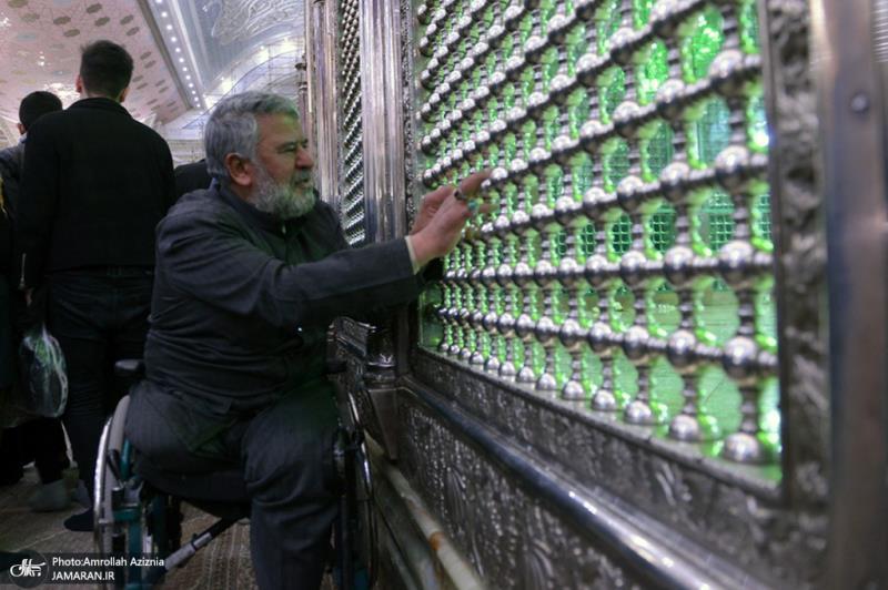 حضرت امام خمینی (رہ) کی ایران میں داخل ہونے کی مناسبت سے حرم امام(رہ) میں شاندار تقریب منعقد
