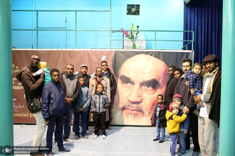 سوڈان کے طلباء نے جماران میں امام خمینی(رح) کے تاریخی گھر کا دورہ کیا
