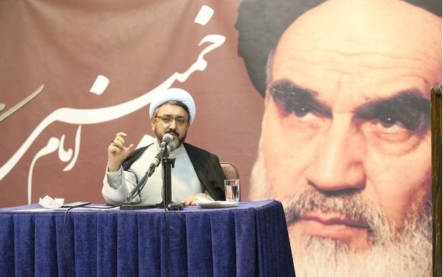 امام خمینی(رح) تاریخی شخصیت ہیں: حجۃ الاسلام والمسلمین ڈاکٹر کمساری